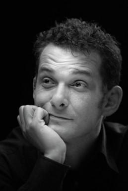 portrait paul hoffmann noir et blanc