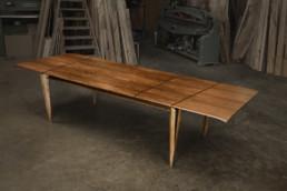 Table Noyer/ébène avec rallonges
